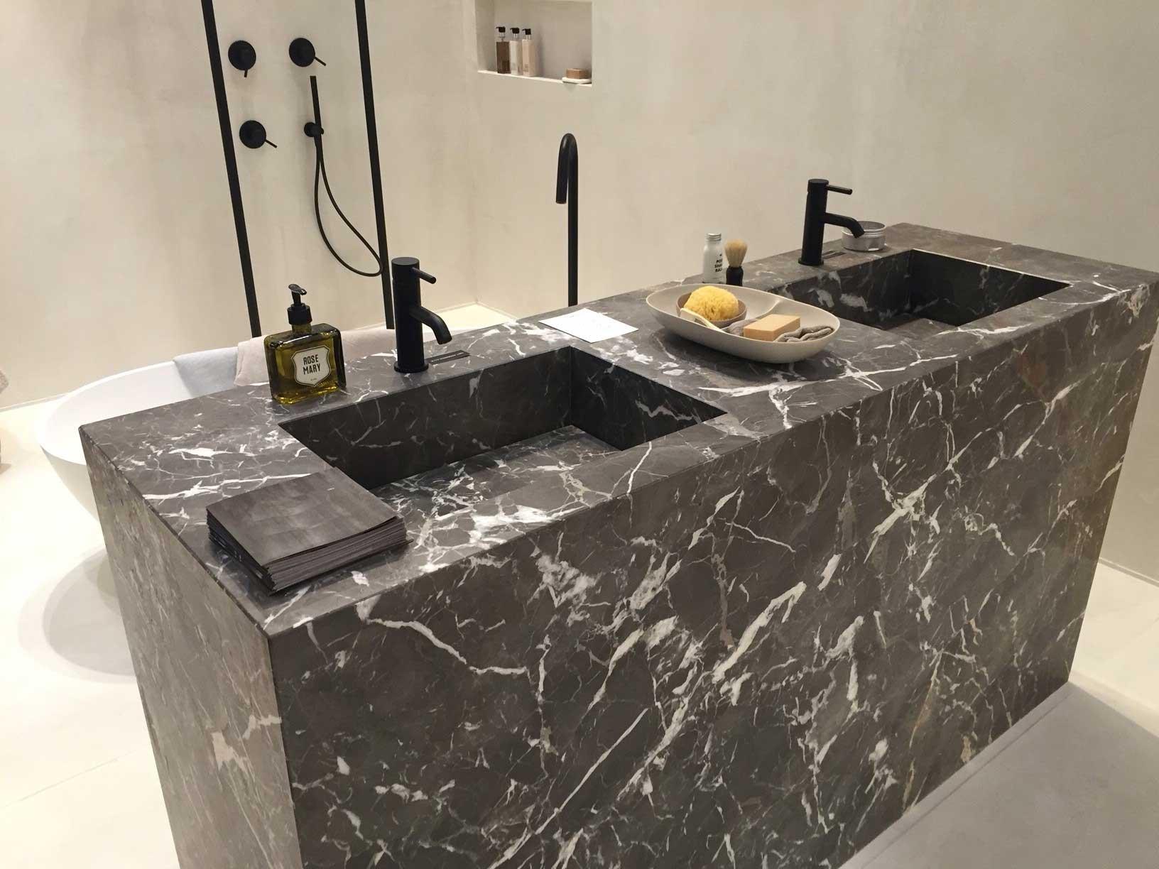 idee arredo bagno marmo